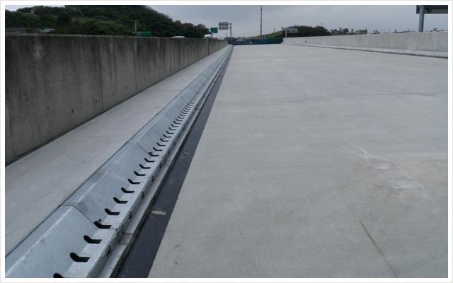 鋼製排水溝